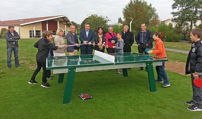 Inauguration de la table de ping-pong le samedi 8 octobre 2016